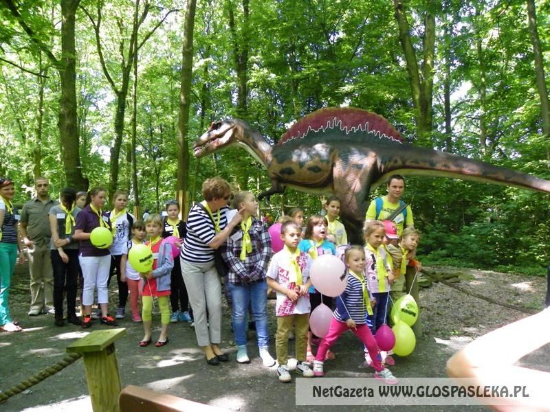 Dzień dziecka w parku dinozaurów