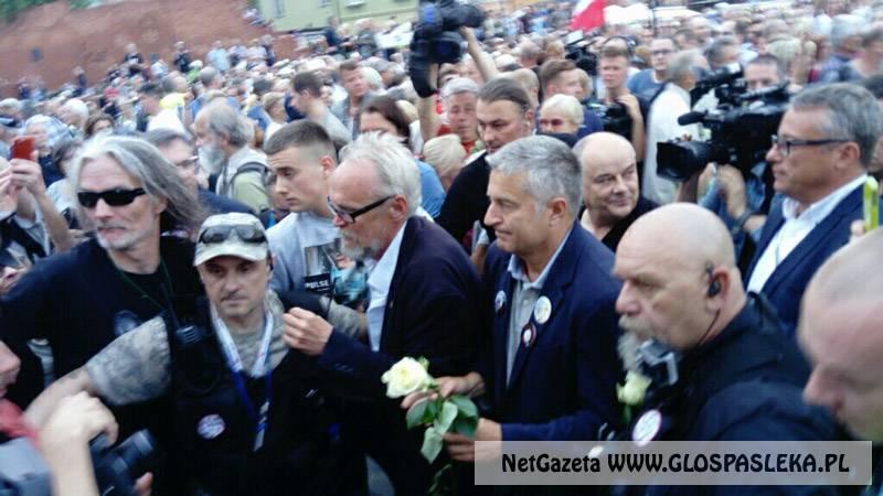 Pasłęczanie demonstrowali w Warszawie