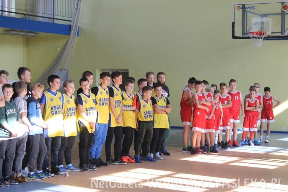 Zespół Asseco Gdynia wygrał  Turniej Koszykówki