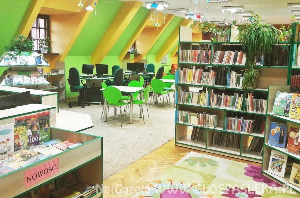 Piątkowe zajęcia w bibliotece