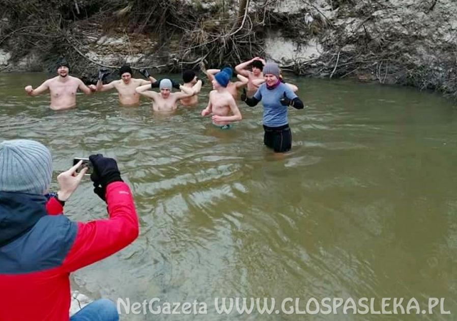 Biegacze z Pasłęka zapraszają na wspólne morsowanie