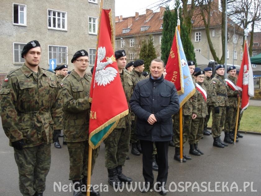 ZSEiT na inauguracji 16. pułku wsparcia dowodzenia