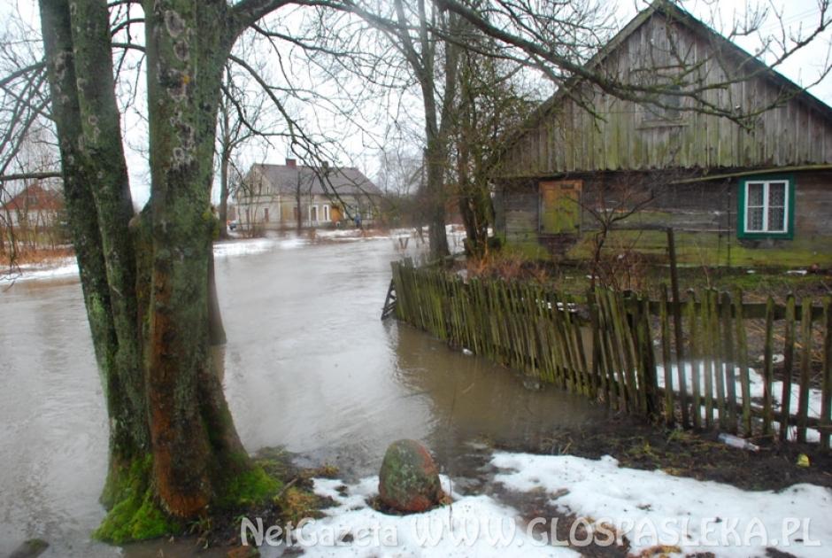 Wały na rzece Elszka