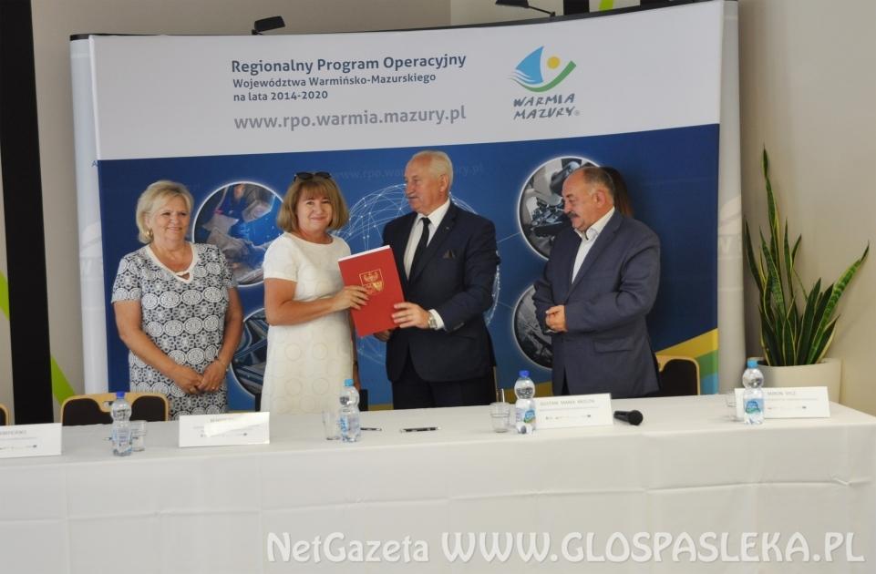 """Projekt """"Wiedza i umiejętności źródłem sukcesu"""" od 1 września w LO Pasłęk"""