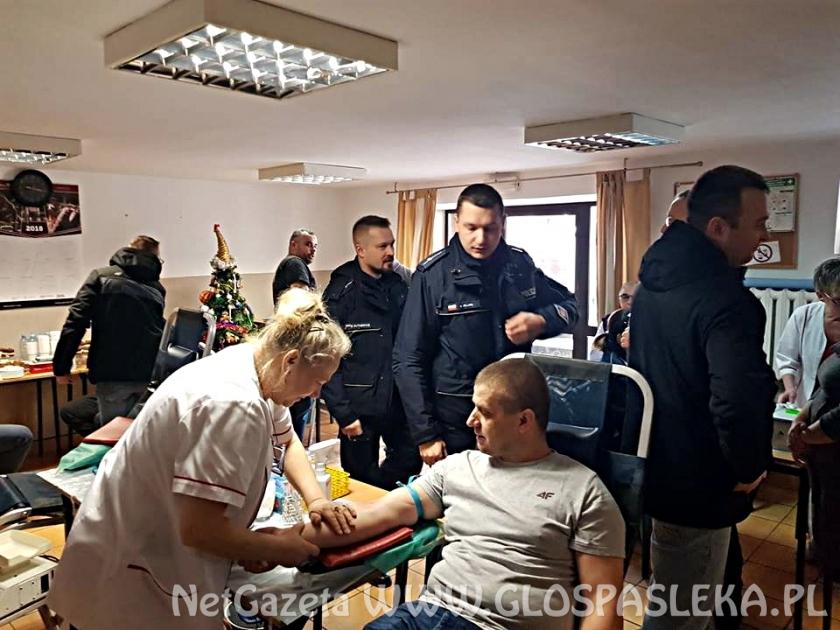 Policjanci, strażacy, uczniowie – wszyscy dziś honorowo oddawali krew w Godkowie