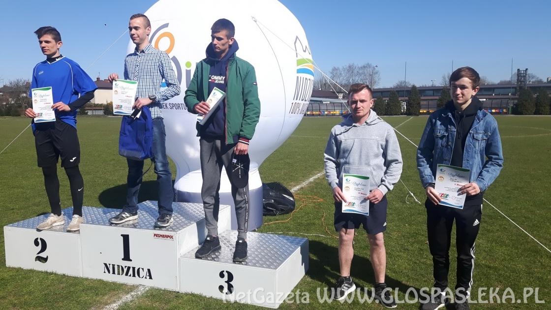Kolejne medale lekkoatletów z ZSEiT