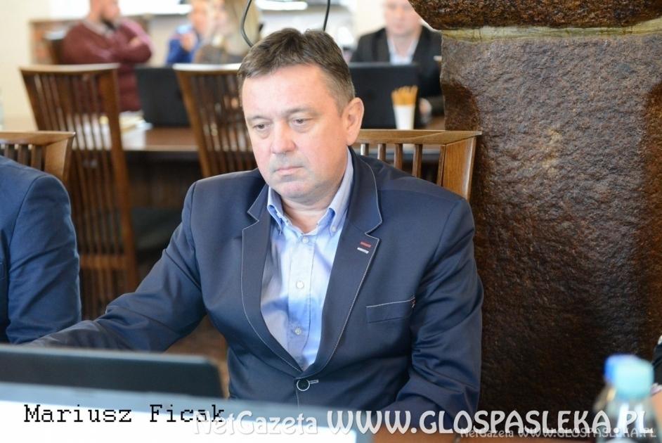 Mariusz Ficak ponownie radnym
