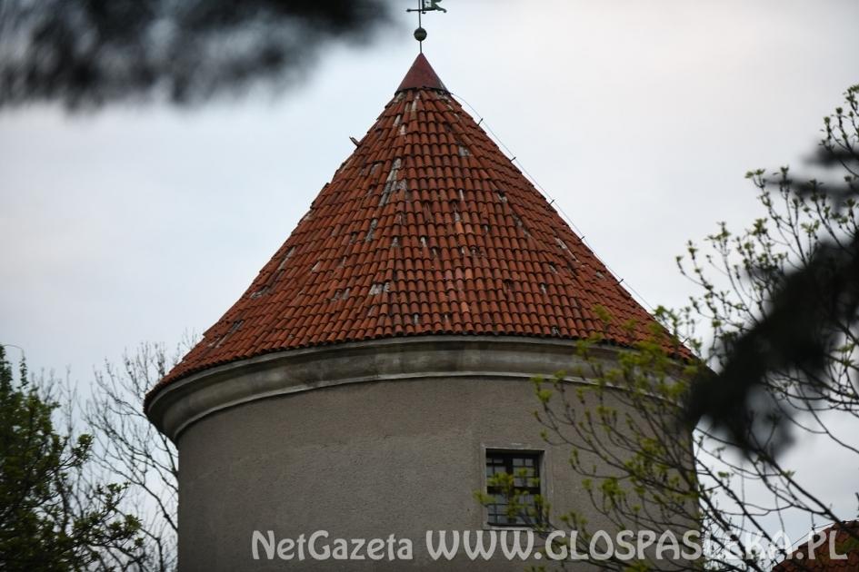 Przetarg na remont dachu baszty zachodniej