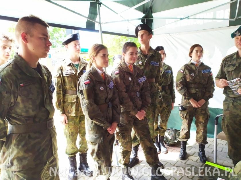 Uczniowie ZSEiT w Pasłęku - żołnierzami Rzeczpospolitej