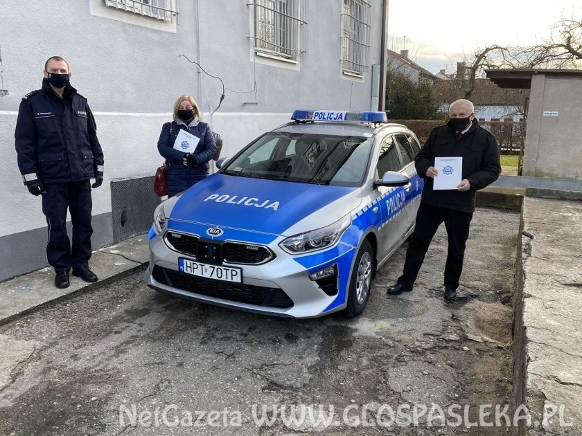 Nowy samochód dla policji