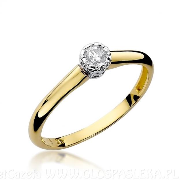 Pierścionek zaręczynowy - jaki wybrać, z czym nosić, gdzie kupić?
