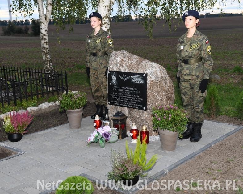 Mieszkańcy Sakówka uczcili pamięć Kapitana Sobańskiego