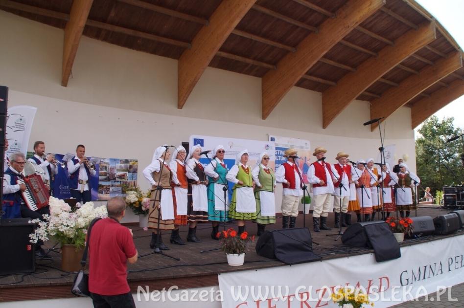 Pasłęczanie na festiwalu w Gietrzwałdzie