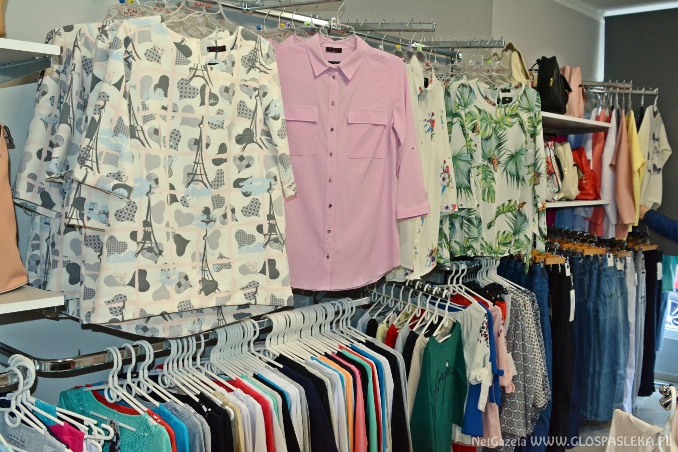 86fa47d9a3 Nowy sklep odzieżowy AZA